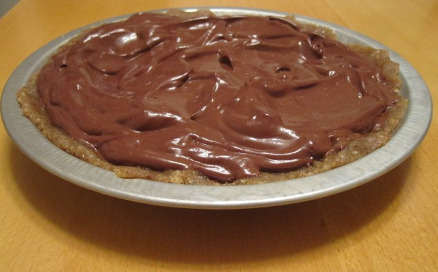 "Dairy-Free Chocolate Pie with ""Live"" Macadamia Nut Crust"