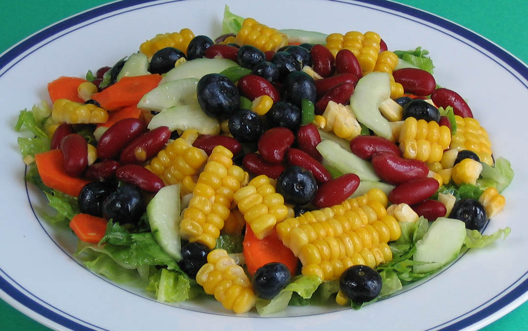Corn, Red Bean, and Blueberry Salad with Mango Dressing